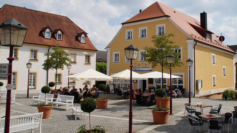 Das Café LebensKunst empfängt ab Montag, 14. Juni, wieder seine Gäste im Außenbereich. Und das an allen drei Standorten: in Treuchtlingen (Bild), Gunzenhausen und Weißenburg.
