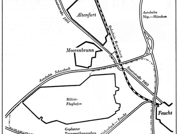 Eingerahmt von Altenfurt-Moorenbrunn, Feucht, Röthenbach bei St. Wolfgang und den Autobahnen: der geplante Truppenübungsplatz (farbige Linie), angehängt an den US-Flugplatz bei Feucht (schwarze Linie). Zwei Straßen und eine wichtige Bahnstrecke laufen durch das Gebiet.