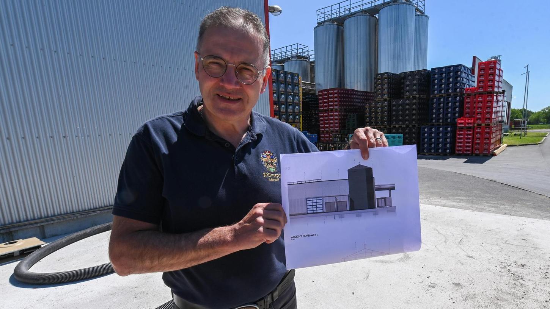Georg Rittmayer, Inhaber der gleichnamigen Brauerei aus Hallerndorf, plant aktuell den Bau einer eigenen Kläranlage auf dem Betriebsgelände, in der die Abwässer seines Unternehmens behandelt werden sollen.