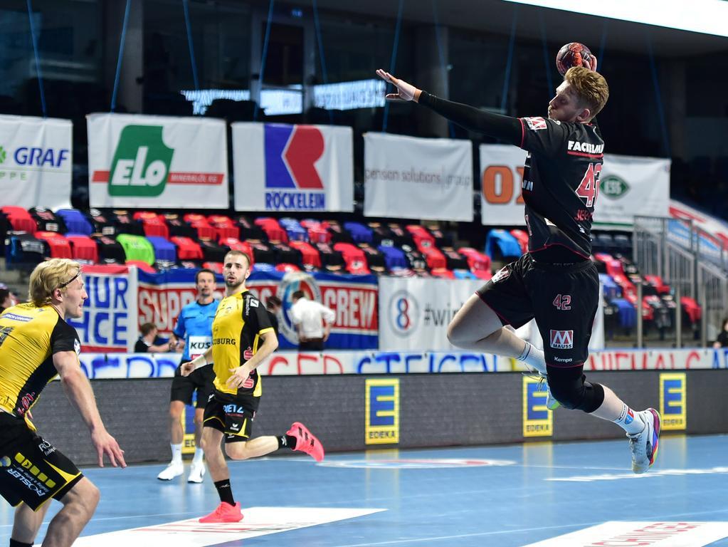 02.06.2021 --- Handball --- 1. Bundesliga LIQUI MOLY HBL --- Saison 2020 2021 --- 33. Spieltag: HC Erlangen Metropolregion Nürnberg HCE - HSC Coburg --- Foto: Sport-/Pressefoto Wolfgang Zink / OGo --- ..Simon Jeppsson (42, HC Erlangen HCE )