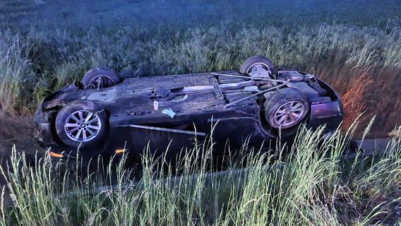 Auto überschlagen: Mehrere Verletzte bei Bad Windsheim