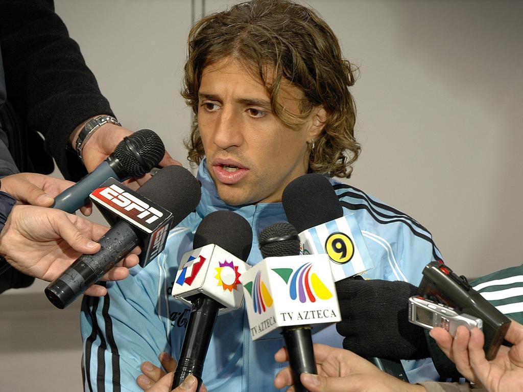 Ressort: B2 Herzogenaurach ..Foto: Matthias Kronau..Motiv: Pressekonferenz der argentinischen Nationalmannschaft am 1.6.06 / Hernan Crespo