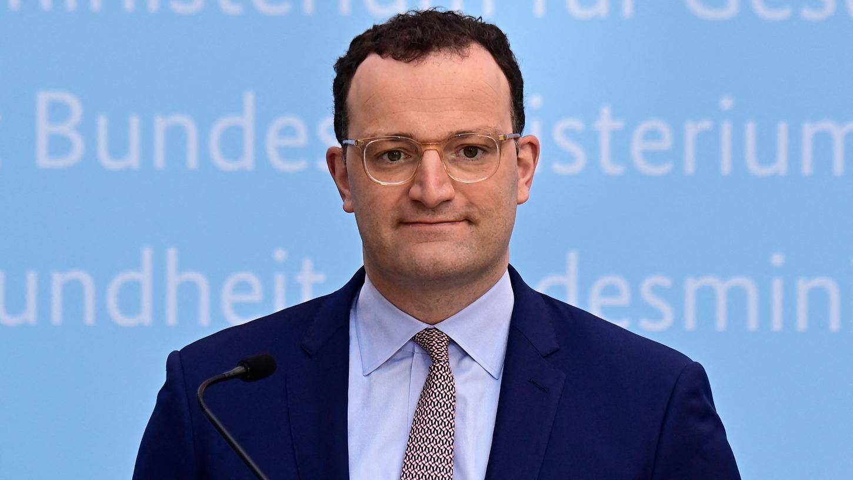 Bundesgesundheitsminister Jens Spahn (CDU) wollte unbrauchbare Masken verbreiten.
