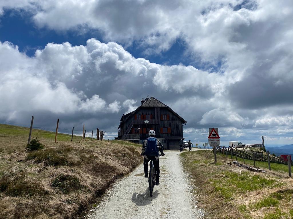 Foto: Michael Husarek - 05/2021 gesp...Motiv: Österreich Steiermark Hochsteiermark Tourismus..Reise Radreise Mountainbiking....