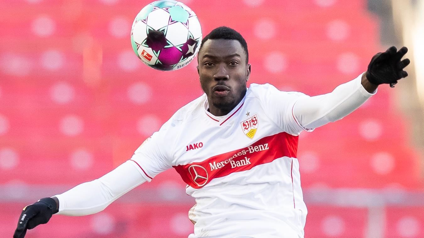 Fußballprofi Silas Wamangituka hat offenbar zwei Jahre lang unter falscher Identität für den VfB Stuttgart gespielt.
