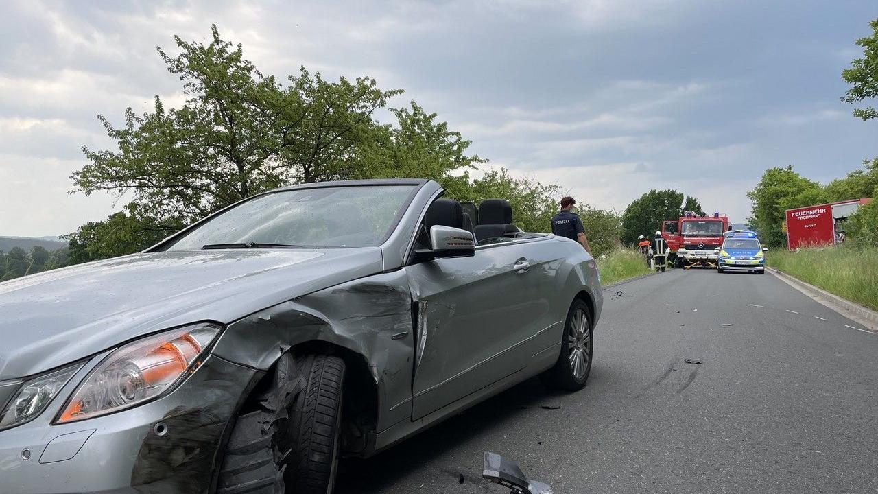 Die Polizei ermittelt zum Unfallhergang.