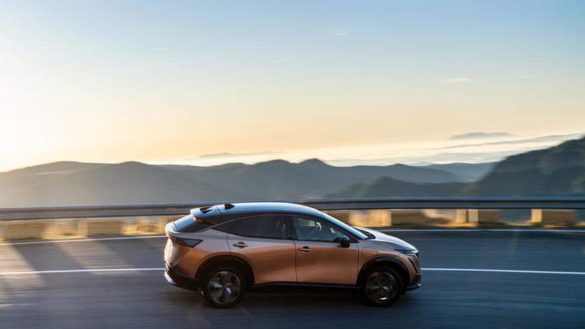 Er fährt rein elektrisch: Der Nissan Ariya geht Ende 2022 in den Verkauf.
