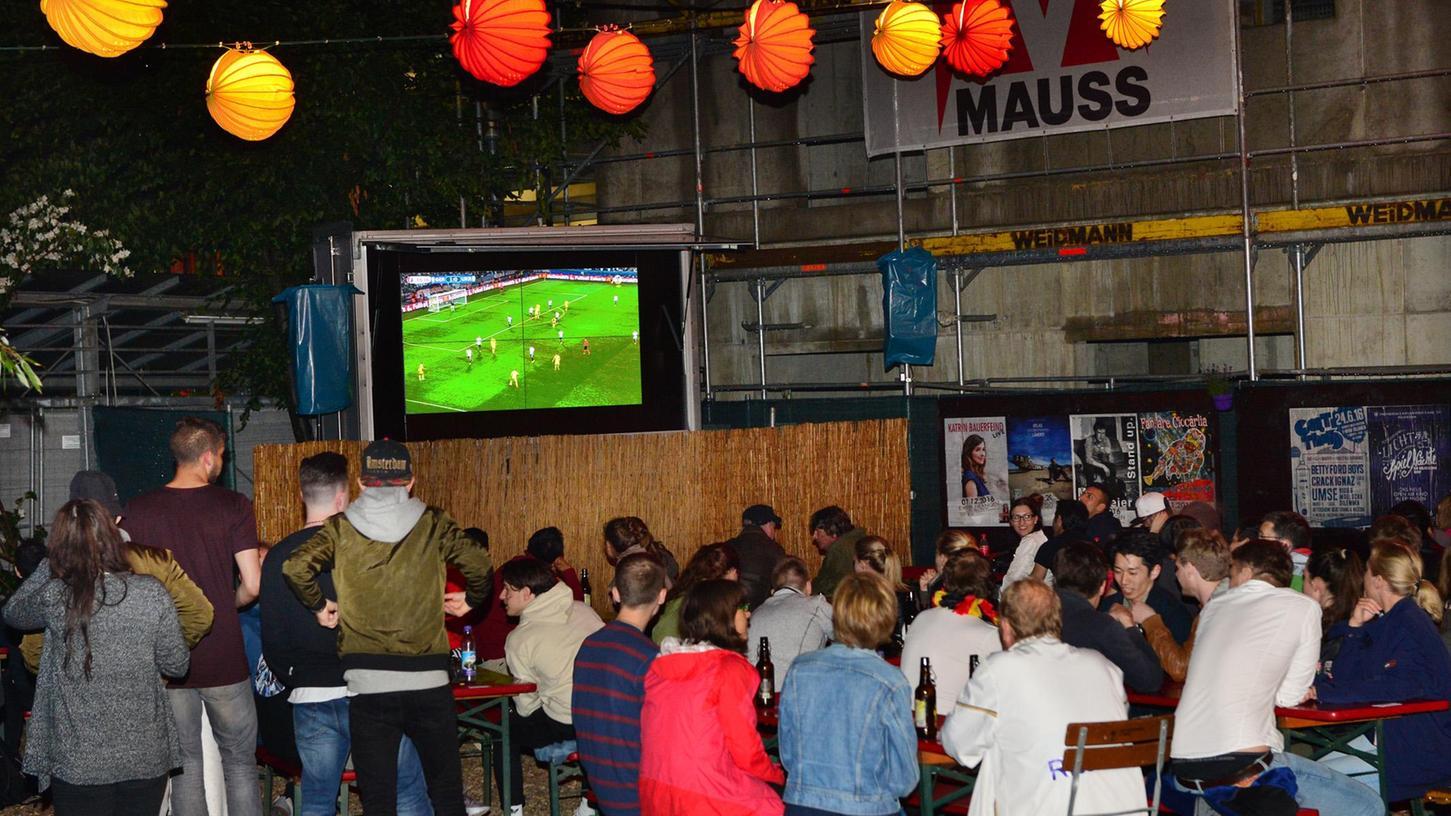 Das waren noch Zeiten: Public Viewing im E-Werk bei der vorangegangenen Fußball-Europameisterschaft.