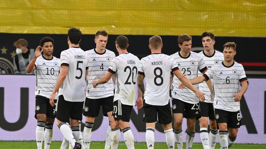 Der ehemalige Stürmer Oliver Bierhoff stellte 2015 fest, dass es für die deutsche Nationalmannschaft kein weltweit anerkanntes Label gibt. Daraufhin wurde das DFB-Team international in