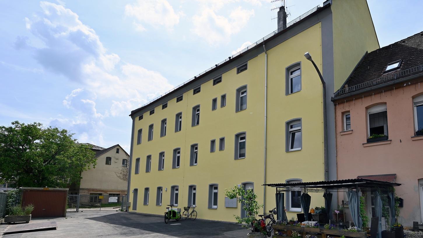 In der Wöhrmühle hat die städtische Wohnungsbaugesellschaft Gewobau im Auftrag der Stadt Erlangen fünf Wohnungen geschaffen. Hier sollen nun wohnungslose Familien einziehen.