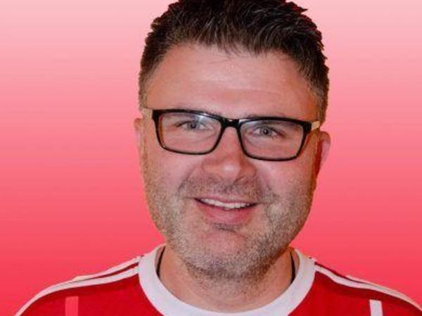 Roland Mayer, Roth/Weißenburg, FC-Bayern-Fanclub. EM-Tipp: Deutschland.
