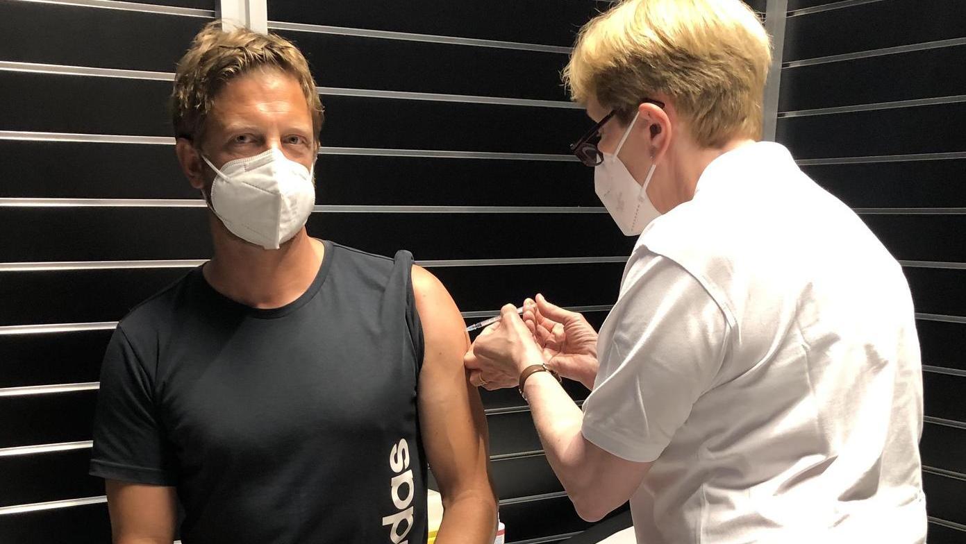 In dieser Woche haben bei Adidas die Impfungen für die Mitarbeitenden an drei Standorten  begonnen.