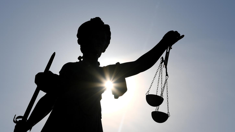Eine Serie von Fahrten ohne Führerschein ist am Amtsgericht Neumarkt gehandet worden.