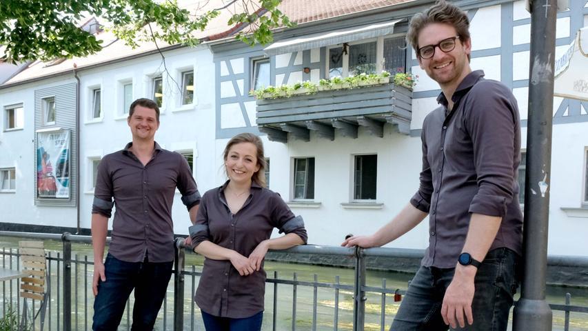 Forchheim , am 10.06.2021..Ressort: Lokales ..Foto: ..,....Gastro: Schiefes Haus,..Schiefes Haus in Forchheim eröffnet neu am 18./19. Juni.....Restaurant Grastro..Inhabern Thomas Halota, Julia Stumpf und Lukas Mitterreiter