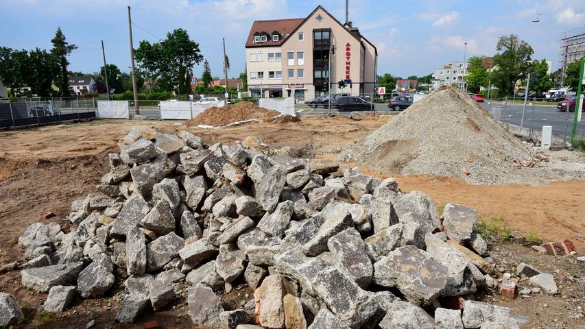 An der Ecke von Soldnerstraße und Würzburger Straße wird derzeit das Gelände einer ehemaligen Tankstelle und Kfz-Werkstatt neu entwickelt.