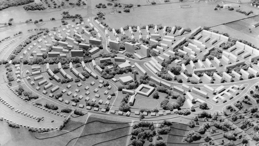 Ein Modell der in den 50er Jahren am Reißbrett geplanten Trabantenstadt im Fürther Westen.