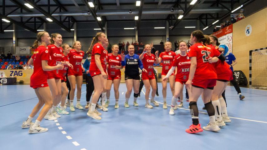 13.06.2021 --- Handball --- weibliche B-Jugend --- Final Four Deutsche Meisterschaft --- HC Erlangen HCE gg HC Leipzig HCL --- Foto: Sport-/Pressefoto Wolfgang Zink / Eibner / Helbig  --- humba - Jubel Freude Freudentanz