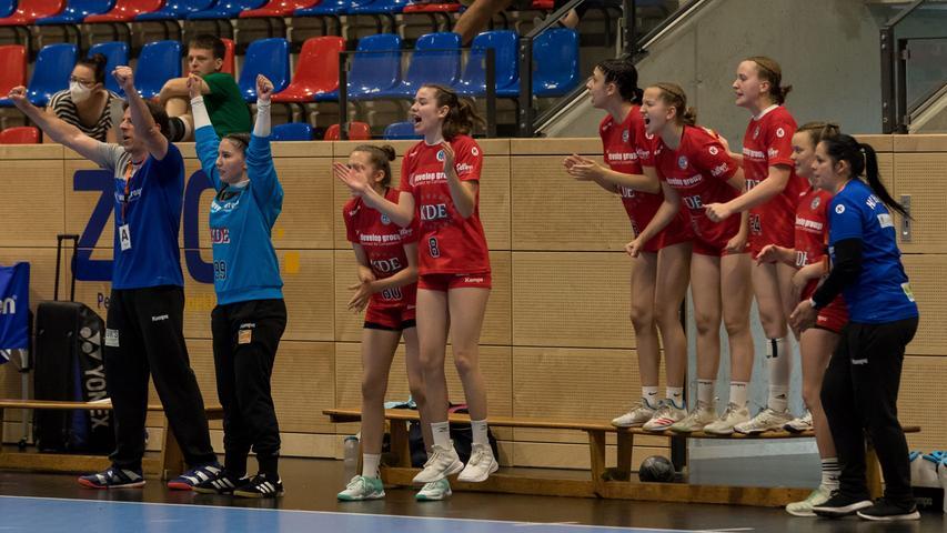13.06.2021 --- Handball --- weibliche B-Jugend --- Final Four Deutsche Meisterschaft --- HC Erlangen HCE gg HC Leipzig HCL --- Foto: Sport-/Pressefoto Wolfgang Zink / Eibner / Helbig  --- siegessekunde - Jubel Freude