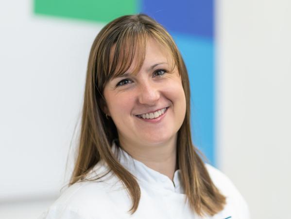 Dr. Verena Freier