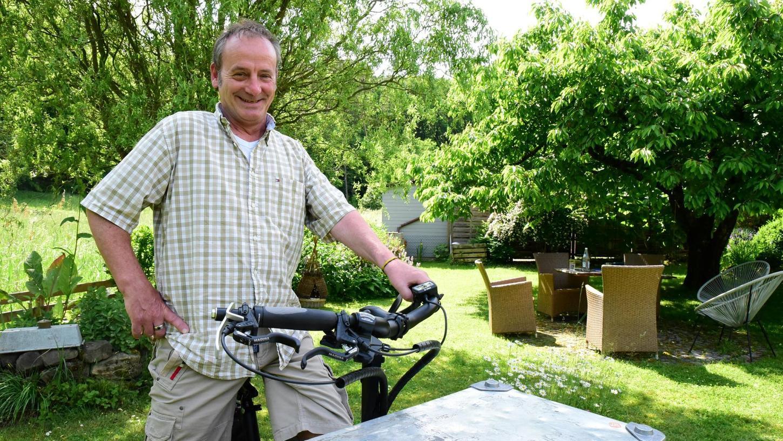"""""""Ich wollte immer schon auf dem Jakobsweg pilgern"""", sagt Christian Beyer. Nur macht ihm die Multiple Sklerose einen Strich durch die Rechnung. Längere Strecken zu Fuß sind nicht mehr möglich. Beyer steigt um auf das Rad - und geht nun damit auf Tour."""