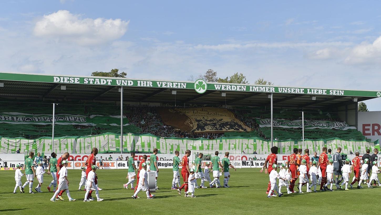 Zurück auf der ganz großen nationalen Bühne: Auch der FC Bayern München(hier ein Foto aus der Saison 2012/13) kommt deshalb kommende Saison nach Fürth.