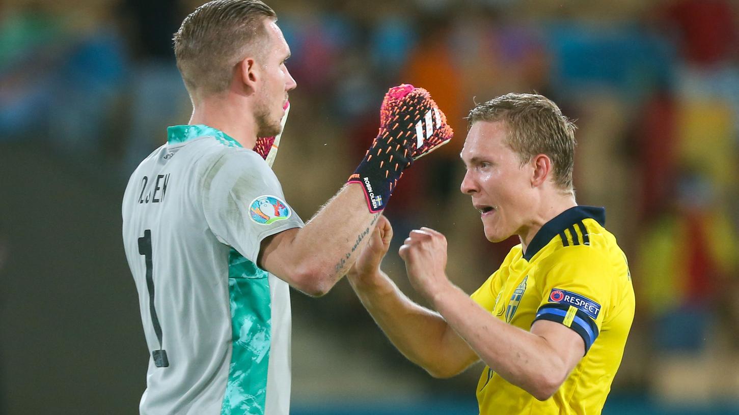 Gegen überlegenen Spanier können sich die Schweden über einen Punkt zum Auftakt freuen.
