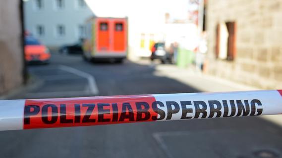 Nachbar hörte den Aufprall: 55-Jähriger stürzt in Gößweinstein vom Dach