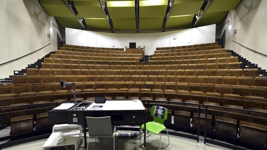 Corona: Auch die Uni Erlangen macht sich locker