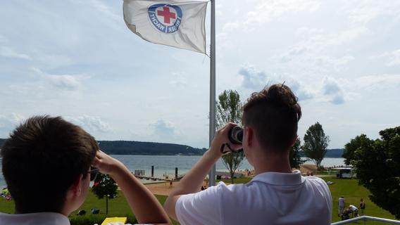 Steigende Besucherzahlen im Fränkischen Seenland fordern die Wasserwacht
