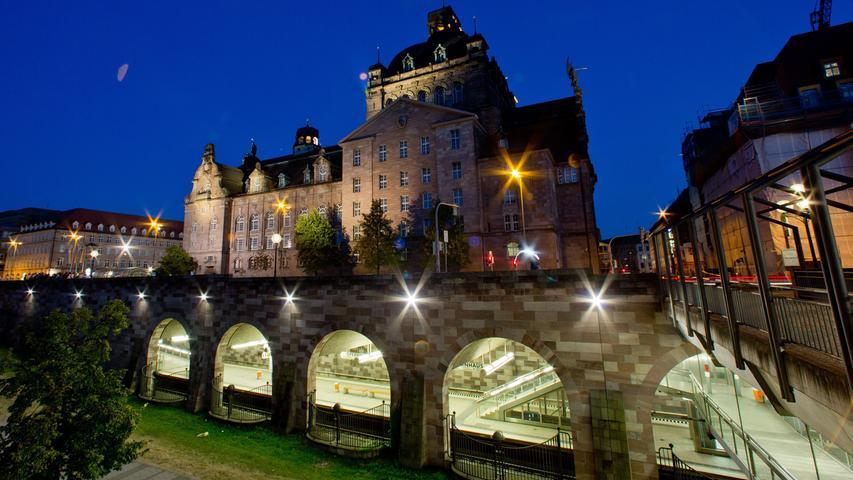 So teuer wie die Elbphilharmonie: Muss Freistaat Opernhaus-Sanierung zahlen?