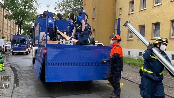 Einsturzgefährdetes Haus in Nürnberg: Ein Fall für die THW-Spezialisten aus Roth