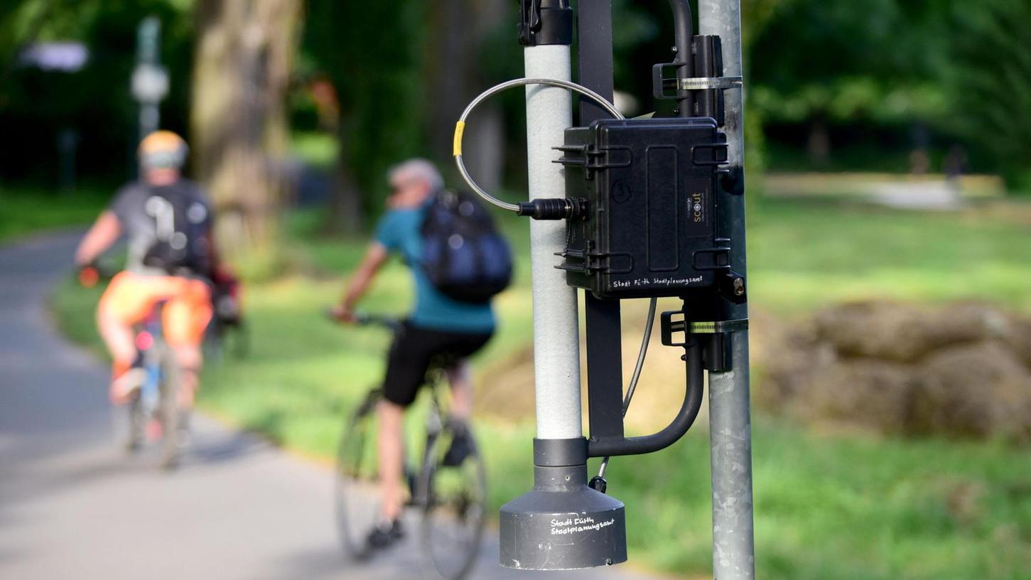 Wie viele Radler und Fußgänger kommen vorbei? Dieses Gerät gibt darüber Auskunft.