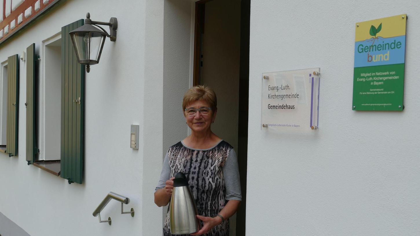 Die Betzensteiner Rentnerin Erika Schmidt ist vielfach ehrenamtlich engagiert. Dafür nutzt die frühere Altenpflegerin ihre Energie und Freizeit.