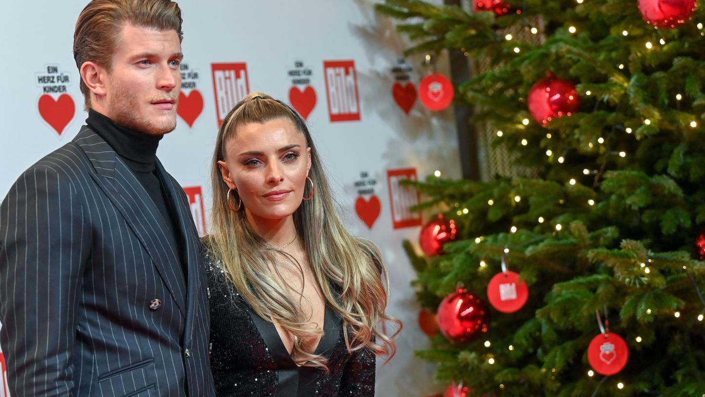 Zwischen Schauspielerin Sophia Thomalla und Torwart Loris Karius ist Schluss.