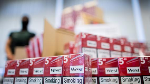 Trotz besonderem Versteck: Nürnberger Zoll entdeckt 38.000 Zigaretten
