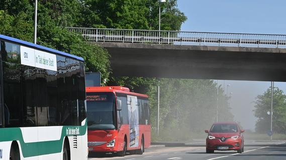 Kilometerlange Ölspur in Erlangen und genervte Autofahrer