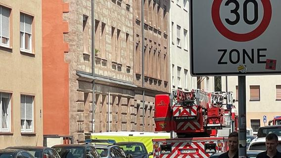 Mann verschanzt sich in Wohnung - Großer Polizeieinsatz in Nürnberg