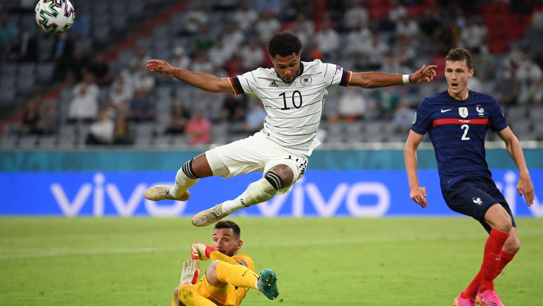 Dass er das Zeug zum EM-Überflieger hat, diesen Beweis ist Serge Gnabry beim 0:1 gegen Frankreich noch schuldig geblieben.