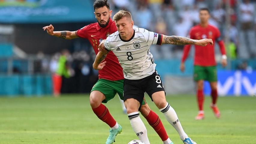 In der ersten Hälfte ungewohnt ungenau in seinen Zuspielen, fing sich später aber und brachte Ruhe ins Spiel, als Portugal drohte, wieder Anschluss zu finden.