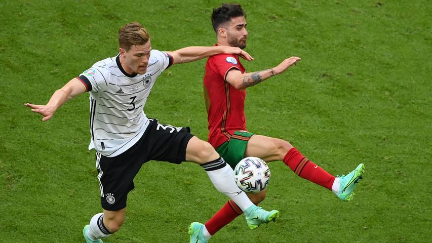 Fiel in seinem halbstündigen Auftritt durch einen Block gegen Ronaldo positiv auf, musste aber nur wenig eingreifen - auch in der Schlussphase, in der Portugal noch einmal stärker wurde.