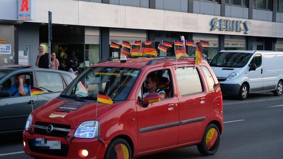 Deutschland besiegt Portugal: So feierten die Fans auf Nürnbergs Straßen