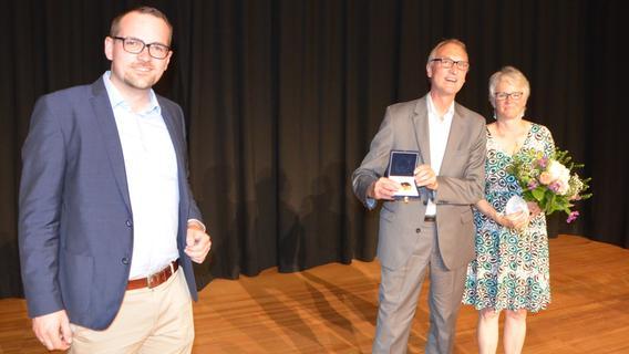 Schwabach: Goldene Bürgermedaille für Ralf Gabriel