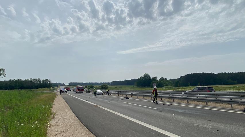 Die B2 war während der Unfallaufnahme für mehrere Stunden in Fahrtrichtung Nürnberg gesperrt. Der Verkehr wurde über die Abfahrt Georgensgmünd ausgeleitet.
