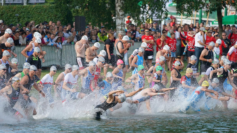 Die Chancen stehen gut für den 32. Memmert Rothsee Triathlon. Zuschauer wird es in diesem Jahr jedoch nicht geben, wie hier beim letzten Start in 2019.