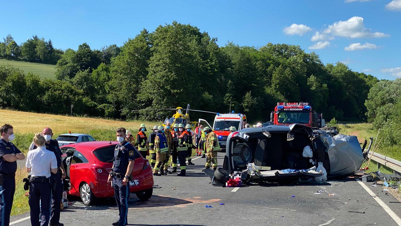 Am Montagnachmittag endete ein Überholversuchim Landkreis Bamberg in einem heftigen Zusammenstoß zwischen zwei Autos.