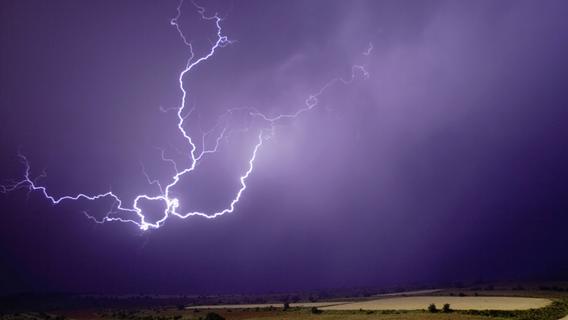 Wieder Unwettergefahr in Franken: Gewitter und Starkregen drohen heute