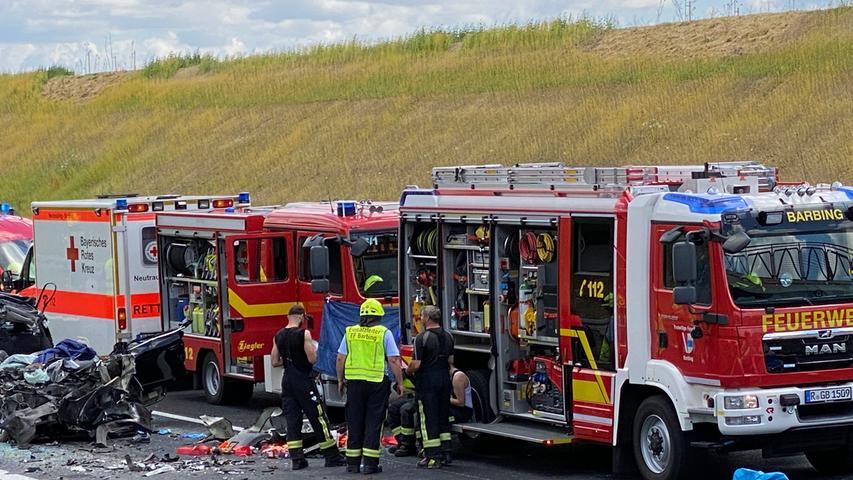 Einsatzkräfte der Feuerwehr und des Rettungsdiensteswaren im Einsatz.