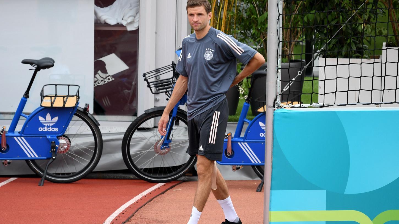 Einsatz ungewiss: Thomas Müller muss wegen einer Kapselverletzung im Knie kürzertreten.