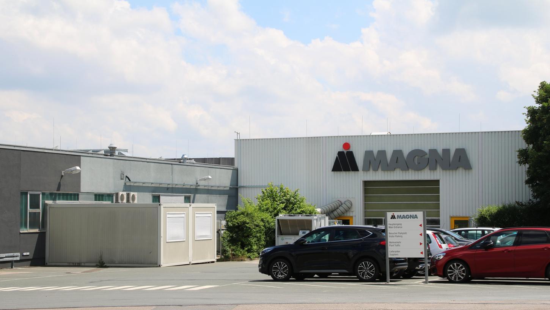 Eine Schließung des Magna-Werks mit aktuell 354 Mitarbeitern ist nicht ausgeschlossen.