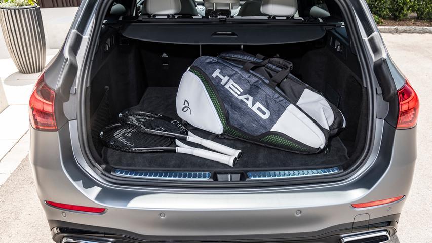 Beim T-Modell beträgt das Kofferraumvolumen 490 bis 1510 beziehungsweise (Plug-in-Hybrid) 360 bis 1375 Liter.